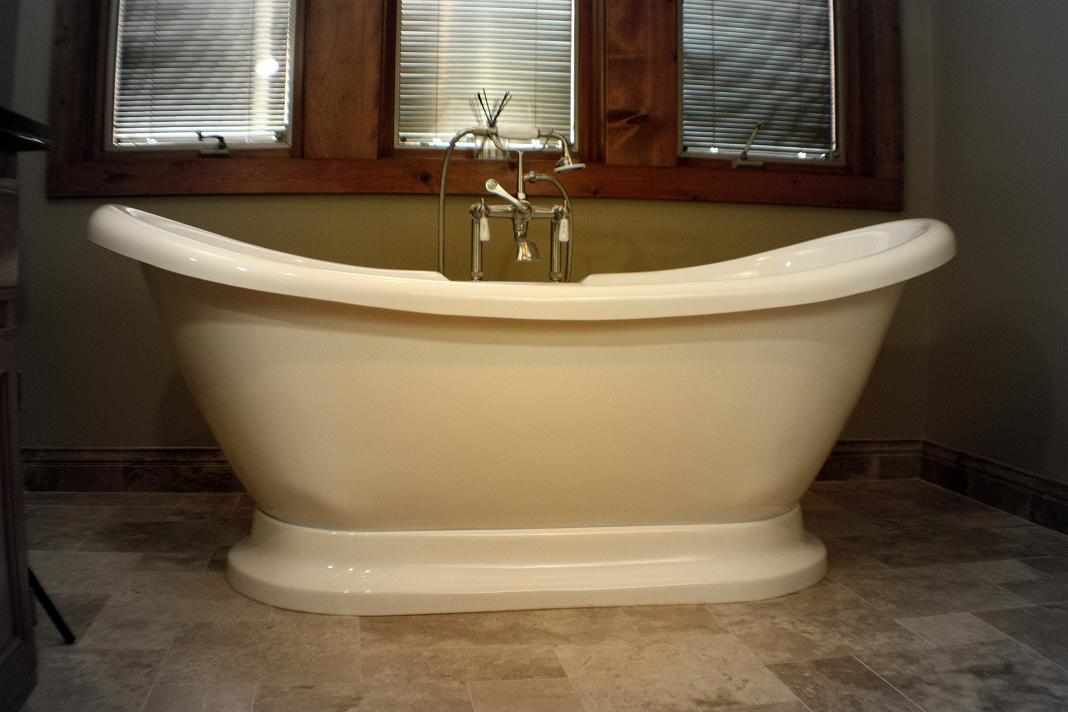 Freestanding Tub - JW Construction & Design | Chicago Area Plumbing Services